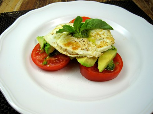 Eggs with Pesto, Tomato, and Avocado - Just the Tip